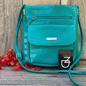 New Directions Faux Leather Turquoise Crossbody